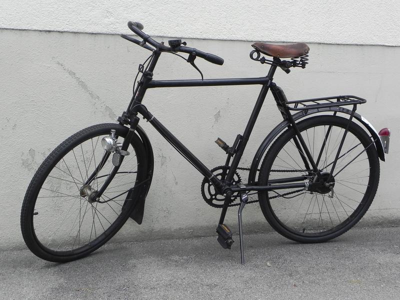 Les vélos militaires suisses Dscn7021