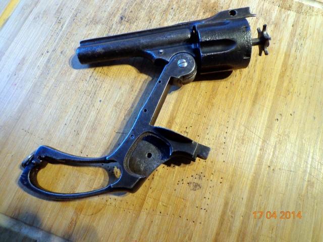 Remise en état d'un Smith & Wesson Orbéa Hermanos - Page 2 Ajecti10