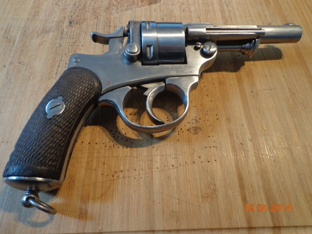 Remise en état d'un Smith & Wesson Orbéa Hermanos - Page 2 Dsc00511
