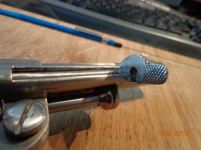 Remise en état d'un Smith & Wesson Orbéa Hermanos - Page 2 Dsc00512