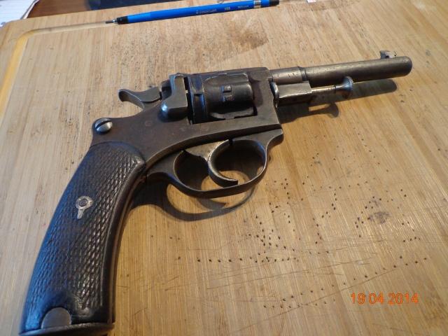 Remise en état d'un Smith & Wesson Orbéa Hermanos - Page 2 Dsc00516