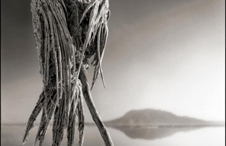 kush - Liqeni i vdekjes, kush e prek, vdes Liqeni12