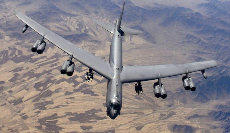 Para quem gosta de aviões - Página 5 B-52-f10