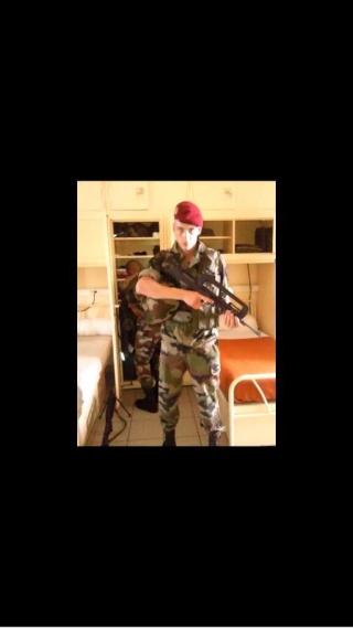 700 Français sont djihadistes en Syrie... Bk7hmt11