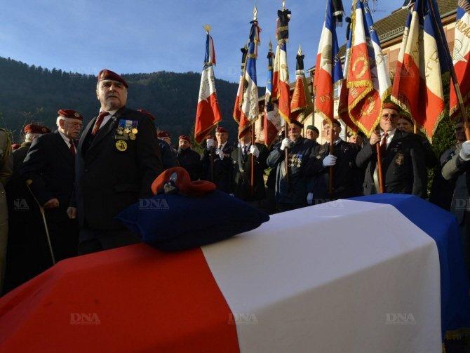 Général Paul ASSARESSES obsèques mardi 10 décembre Moment10