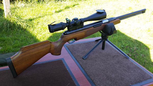 Premiers cartons avec ma nouvelle Air Arms TH200 MKIII 20170411