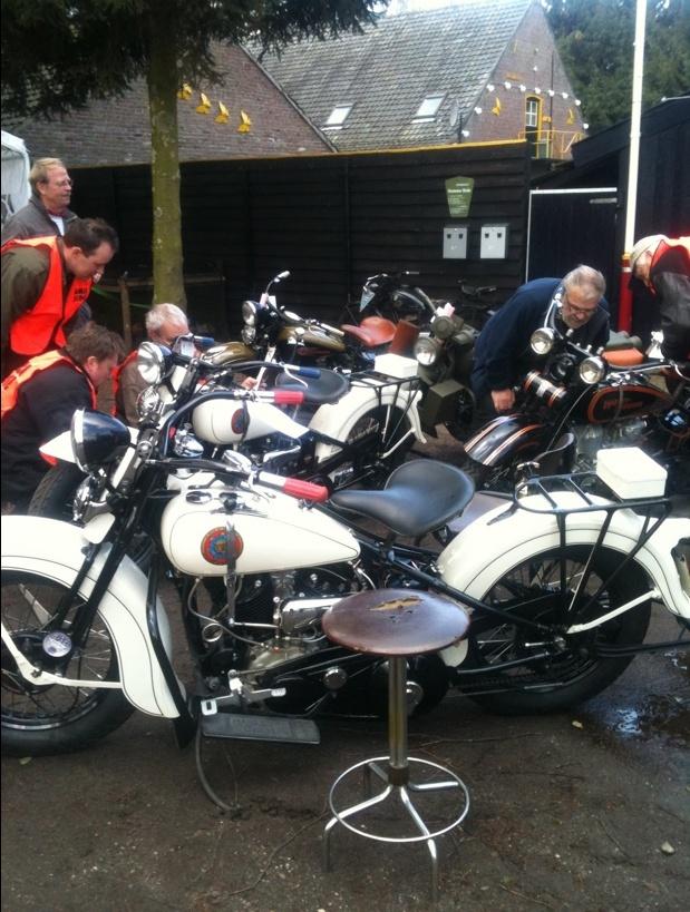 Les vieilles Harley....(ante 84) par Forum Passion-Harley - Page 3 Capt1029