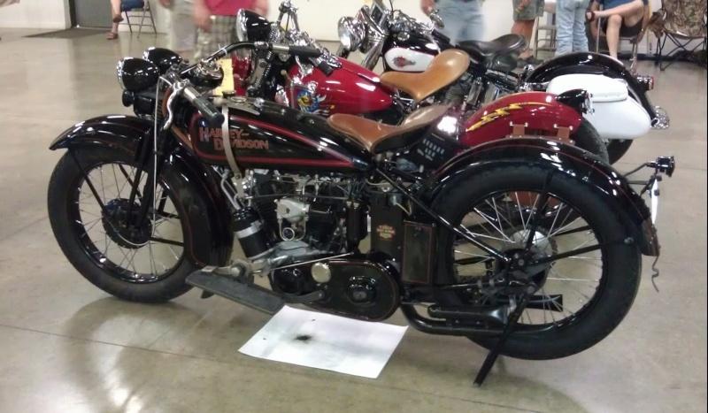 Les vieilles Harley....(ante 84)..... - Page 37 Captu758