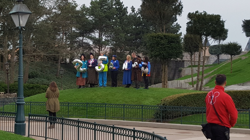 [Saison] 25ème Anniversaire de Disneyland Paris (jusqu'au 09 septembre 2018) 20170319
