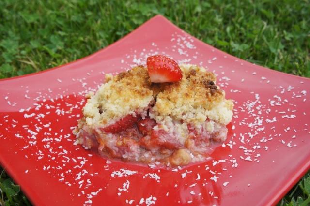 Crumble aux fraises et à la rhubarbe Dsc03510