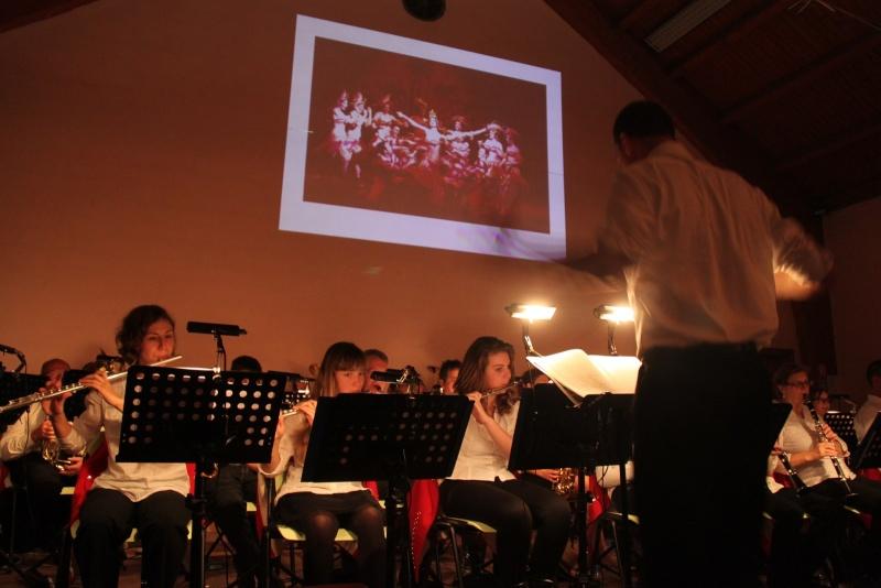 Concerts d'automne de la Musique Harmonie de Wangen les 16 et 17 novembre 2013 Img_4940