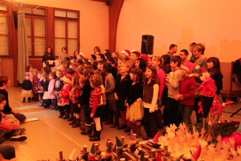Fête de Noël des écoles de Wangen le 6 décembre 2013 Img_9013