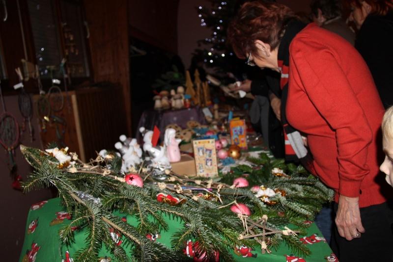 Fête de Noël des écoles de Wangen le 6 décembre 2013 Img_9111