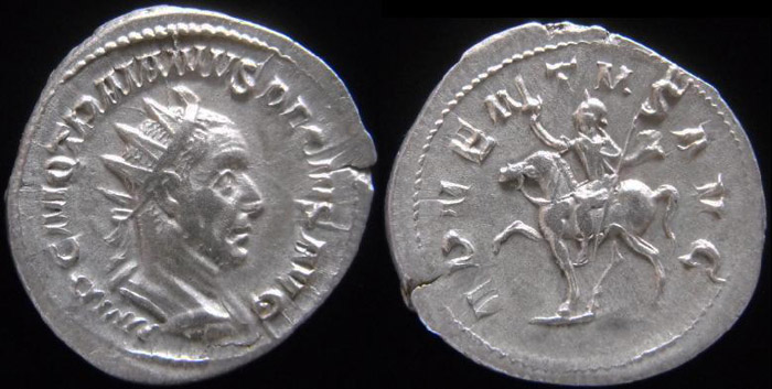 Trajan Dèce - Page 3 Trajan16