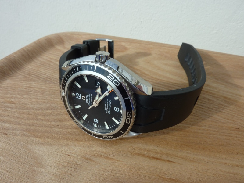 seamaster - Seamaster Diver 300M ou Tudor Black Bay? - Page 6 P1060210