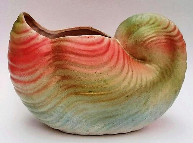 Glen Afton Shape 27 Fruit Bowl and Shape 66 Shell Vase 66_she10