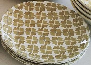 no name 4 leaf cloverish is Joanne Brown d433 also Joanne Green d452 Joanne10