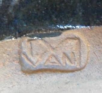 M Van maybe ?? M_van_10