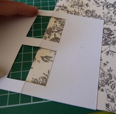 Etape 2/3. : Mise en place des papiers fantaisies P1200722