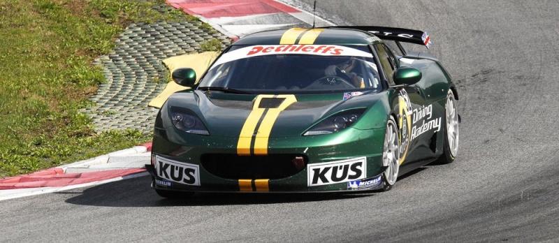 Una Lotus Evora GT4 nel Campionato GT4 Series  A_lotu15