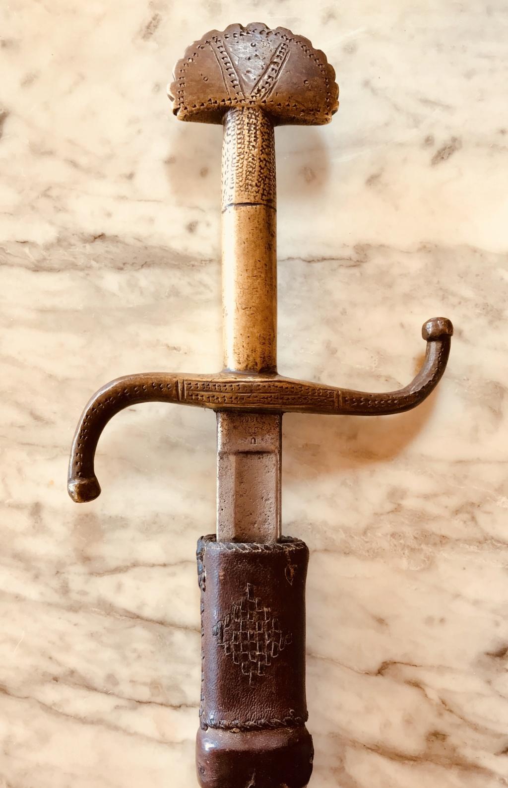 Épée africaine 63a7a710