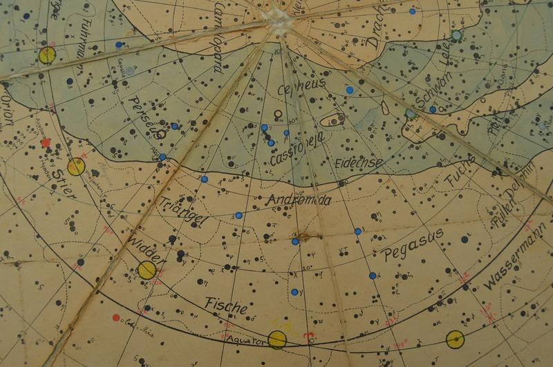 Carte du ciel et livre astronomique de 1880  Dsc_0112