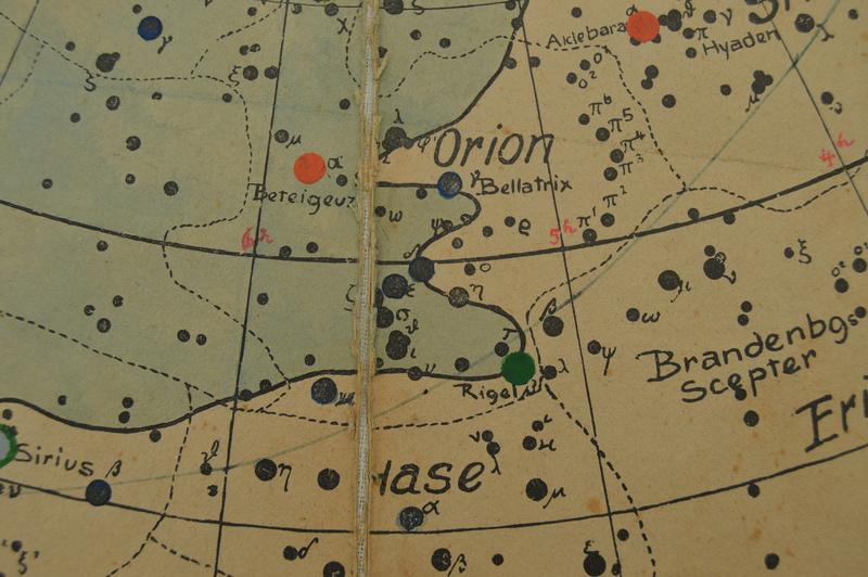 Carte du ciel et livre astronomique de 1880  Dsc_0113