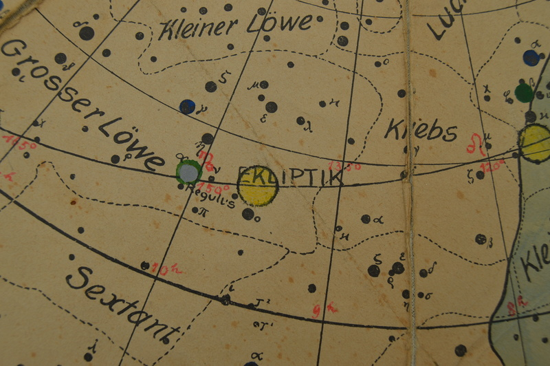 Carte du ciel et livre astronomique de 1880  Dsc_0115