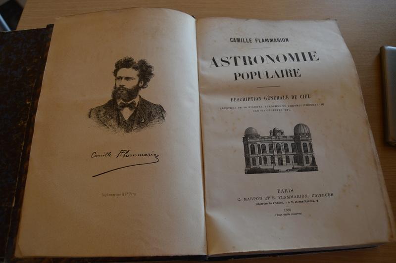 Carte du ciel et livre astronomique de 1880  Dsc_0123