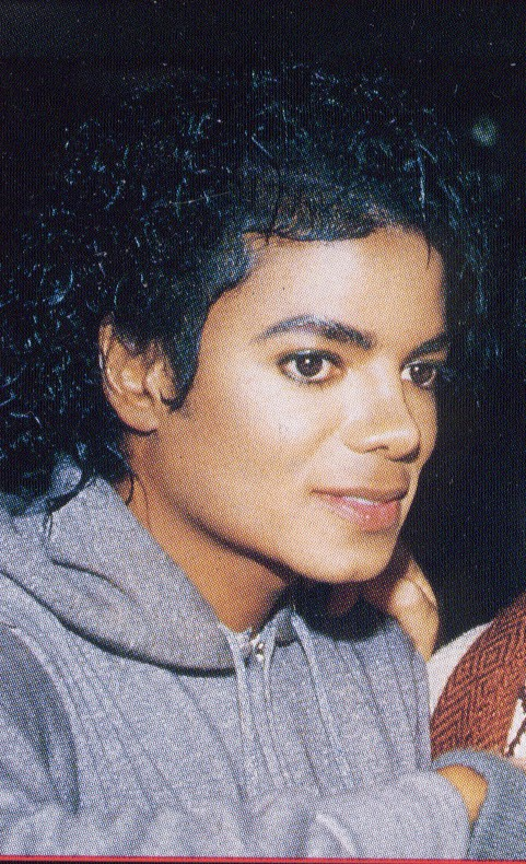 Quale foto di Michael usate per il desktop? 03212