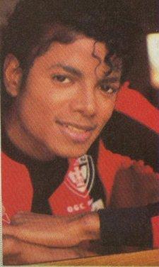 Quale foto di Michael usate per il desktop? Mike1010