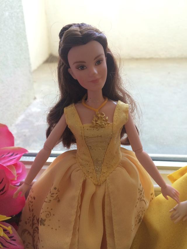 Ma collection des poupées des films de DISNEY - Page 7 Img_2014