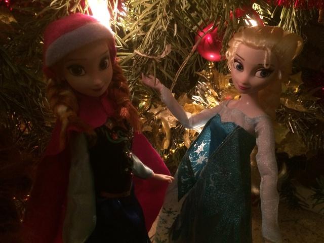 Ma collection des poupées des films de DISNEY - Page 7 Img_8238