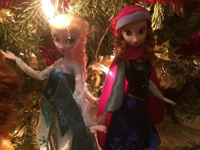 Ma collection des poupées des films de DISNEY - Page 7 Img_8240