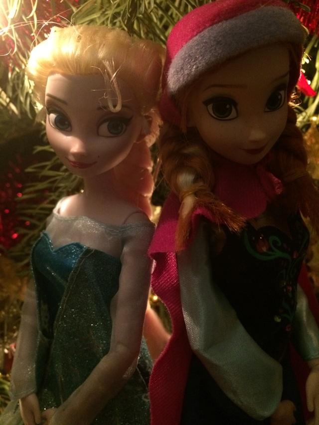 Ma collection des poupées des films de DISNEY - Page 7 Img_8244
