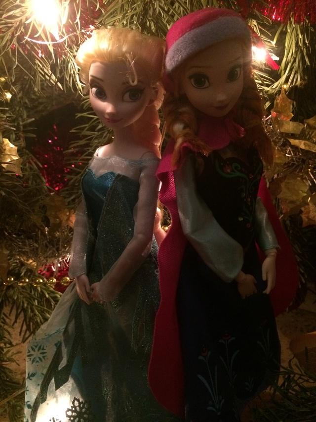 Ma collection des poupées des films de DISNEY - Page 7 Img_8245