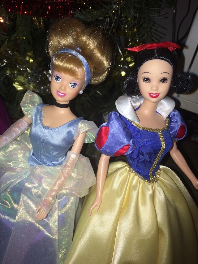 Ma collection des poupées des films de DISNEY - Page 7 Img_8341