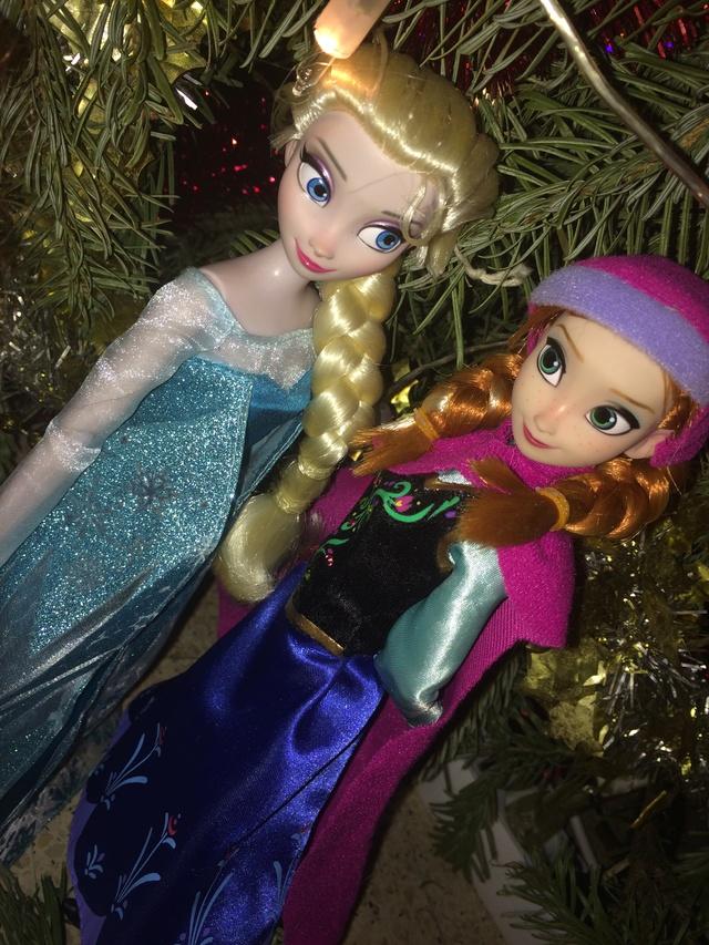 Ma collection des poupées des films de DISNEY - Page 7 Img_8346