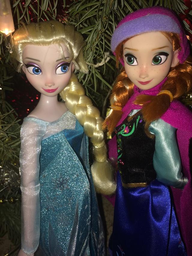Ma collection des poupées des films de DISNEY - Page 7 Img_8347