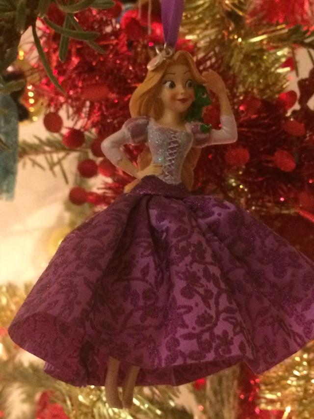 Ma collection des poupées des films de DISNEY - Page 7 Img_8417