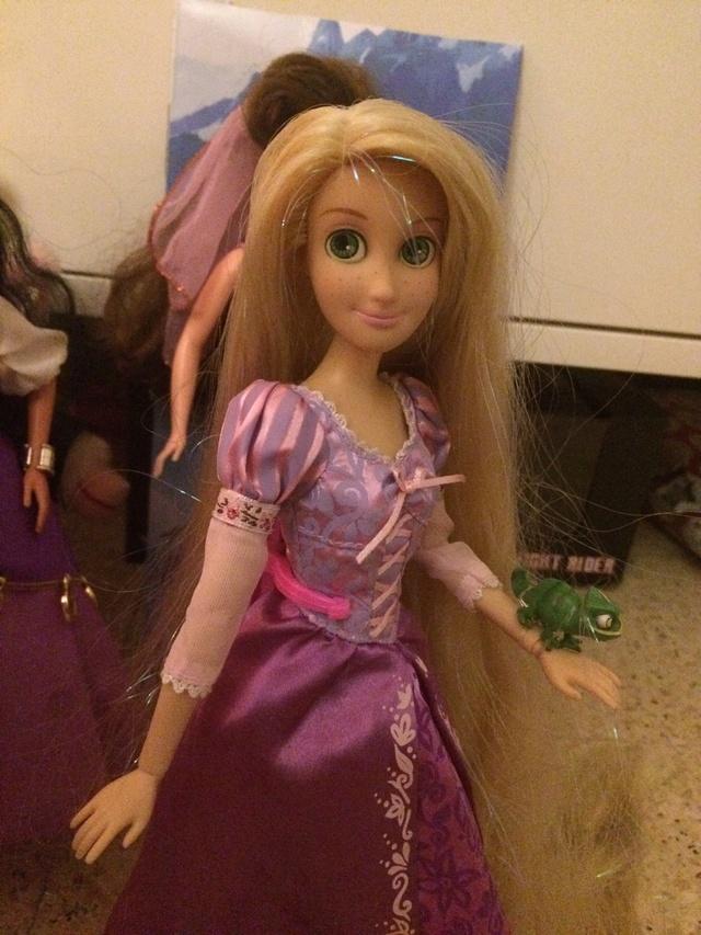 Ma collection des poupées des films de DISNEY - Page 7 Img_8426