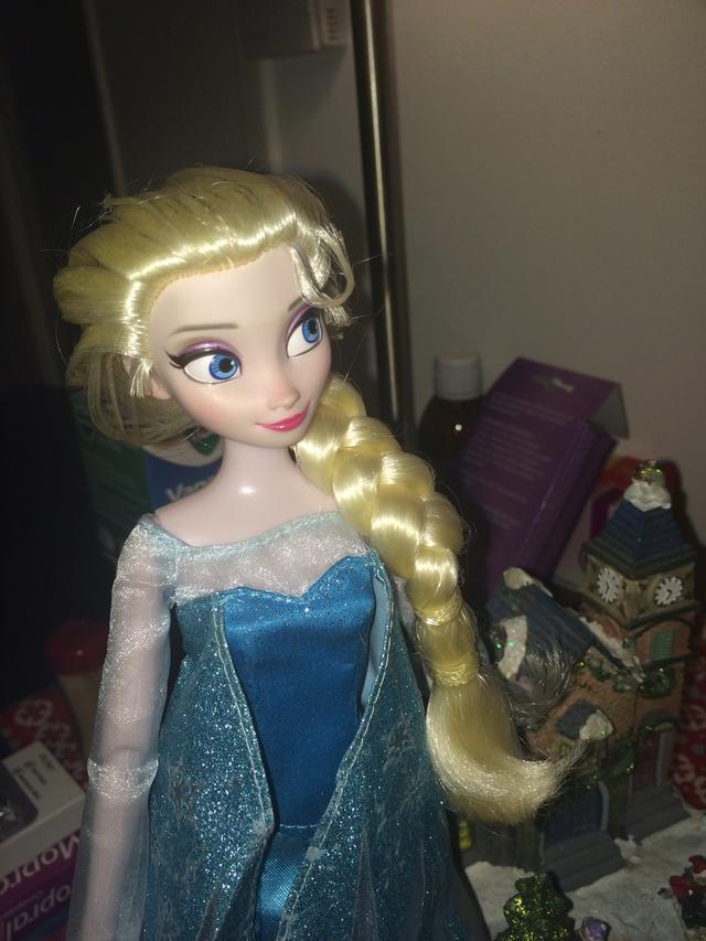 Ma collection des poupées des films de DISNEY - Page 7 Img_8829