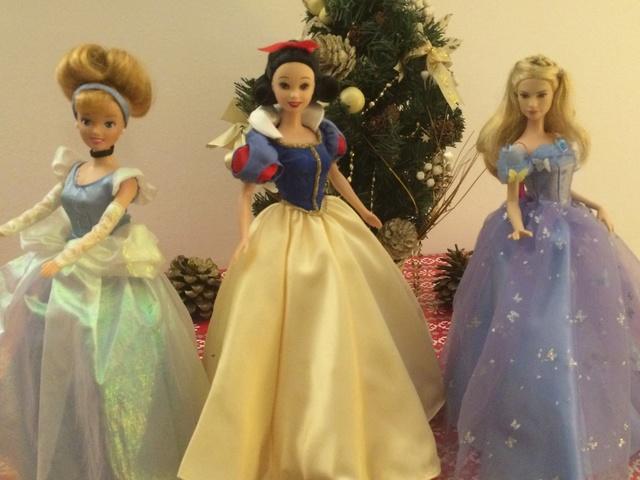 Ma collection des poupées des films de DISNEY - Page 7 Img_9313