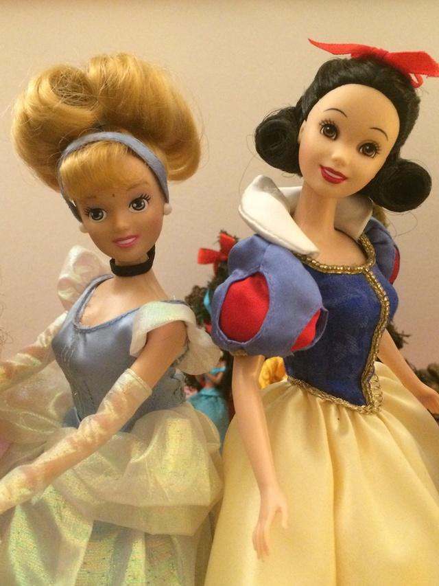 Ma collection des poupées des films de DISNEY - Page 7 Img_9319