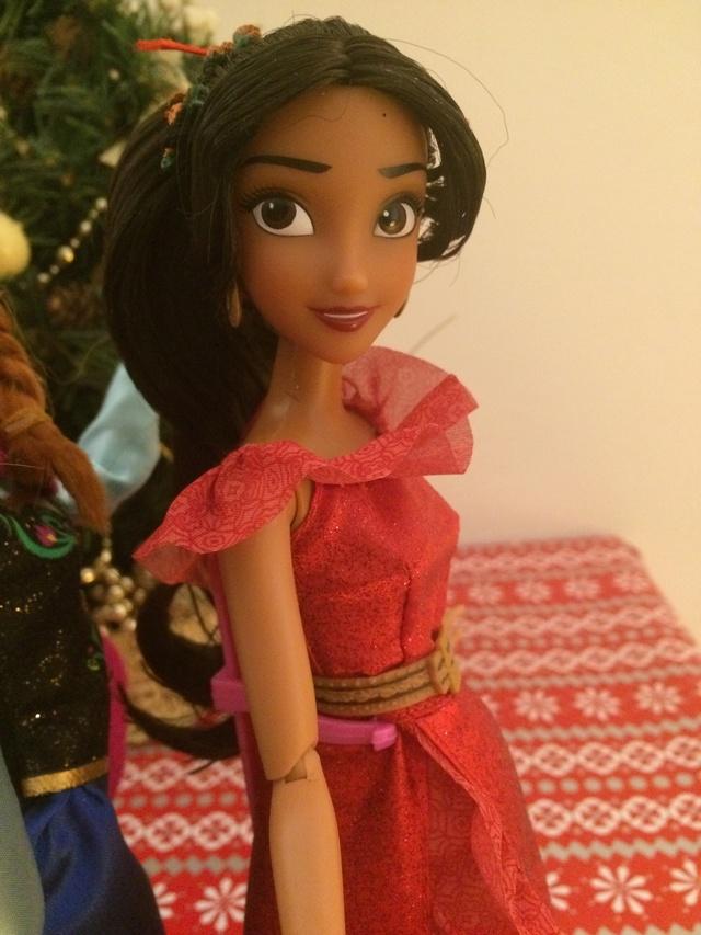 Ma collection des poupées des films de DISNEY - Page 7 Img_9321