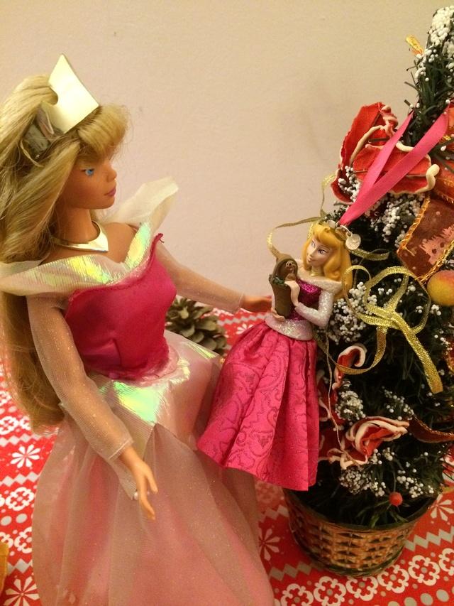 Ma collection des poupées des films de DISNEY - Page 7 Img_9514