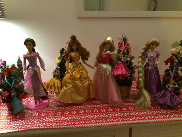 Ma collection des poupées des films de DISNEY - Page 7 Img_9615