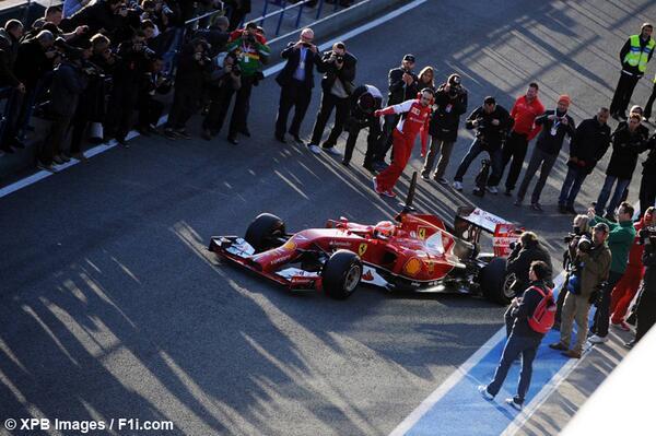 Livré Ferrari Bfd47610