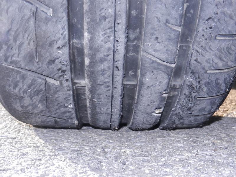 Les pneumatiques Dscn4912
