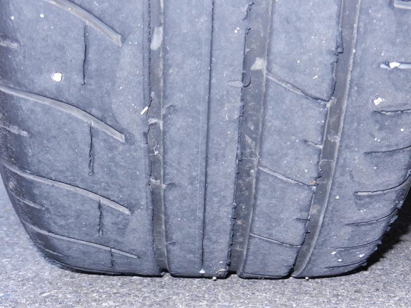 Les pneumatiques Dscn4913